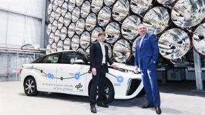 New Service Car for DLR is Toyota Mirai Fuel Cell2