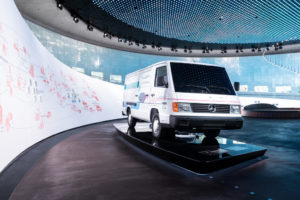 Daimler 25 year birthday for fuel cell drive 2