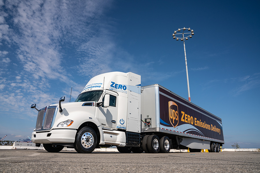New Fuel Cell Truck by Toyota