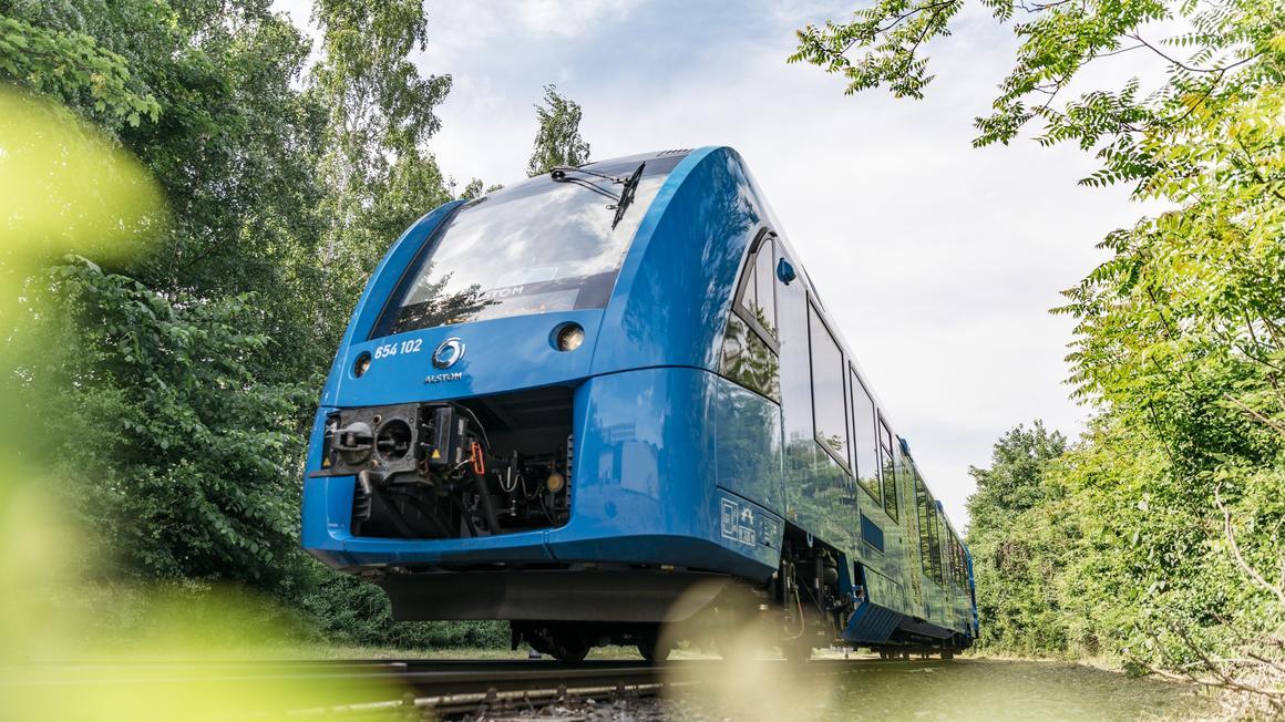 coradia ilint fuel cell train