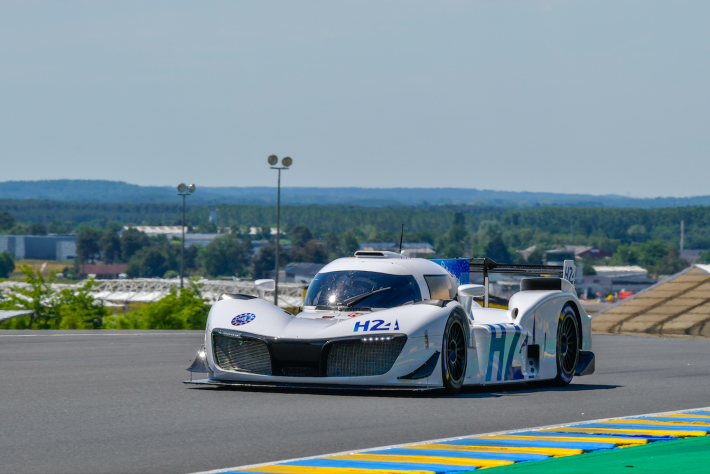 Mission H24 at Lemans Circuit