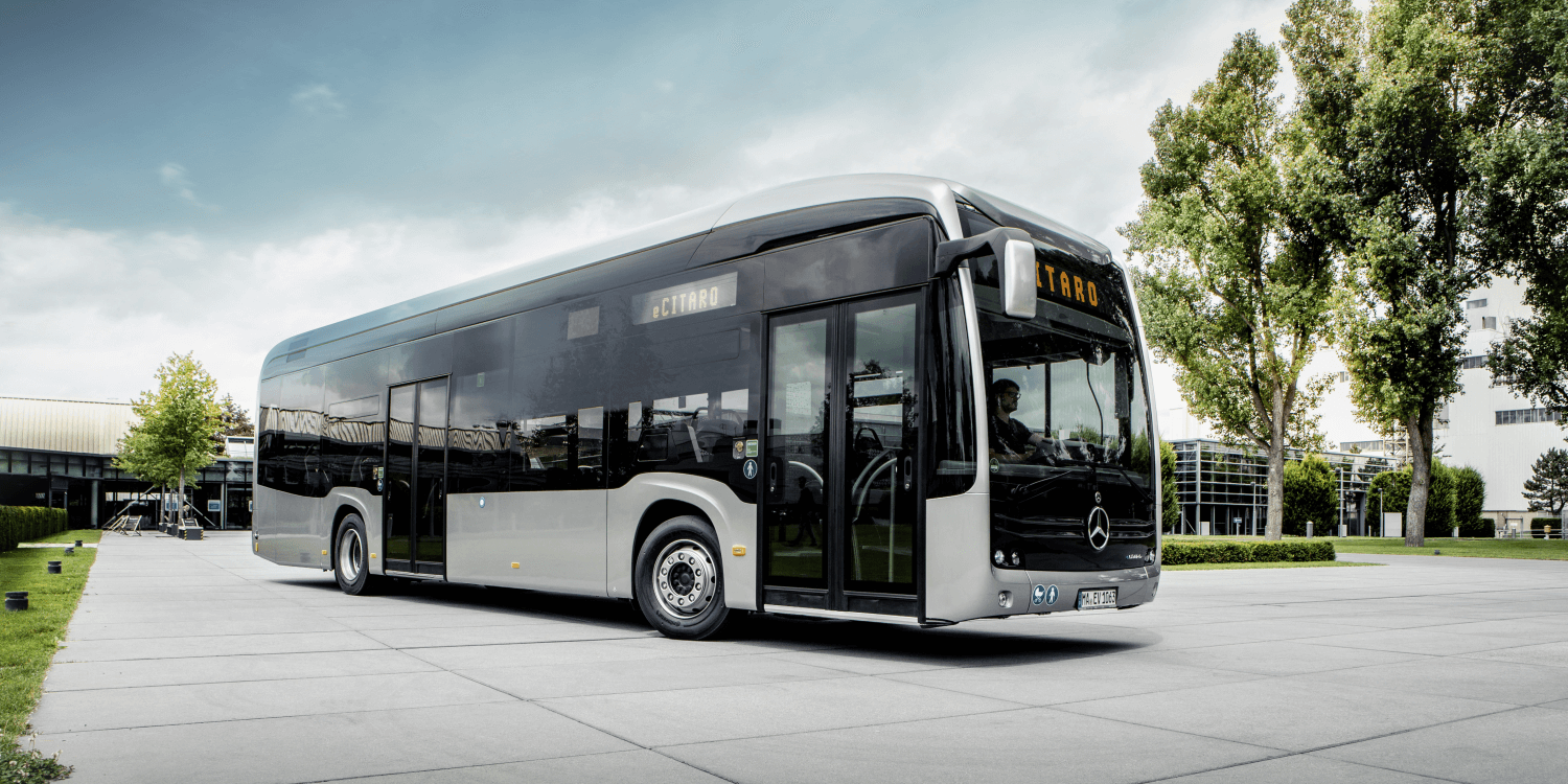 mercedes benz ecitaro electric bus with fuel cell