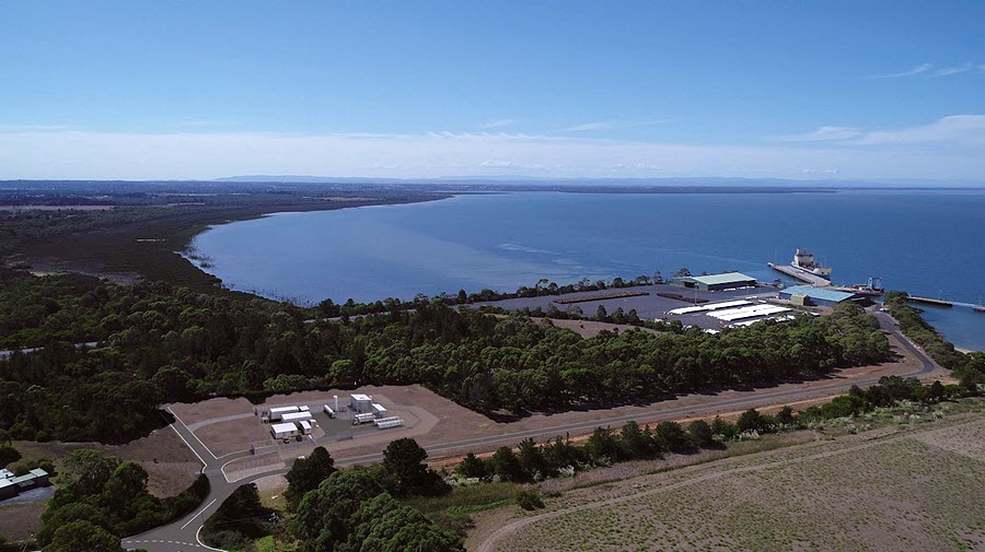 Aerial photo of liquefaction loading facilty at the Port of Hastings Victoria