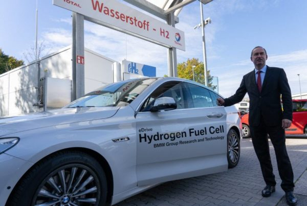 Fuel Cells Works, BMW Boss Zipse Suggests Hydrogen Option