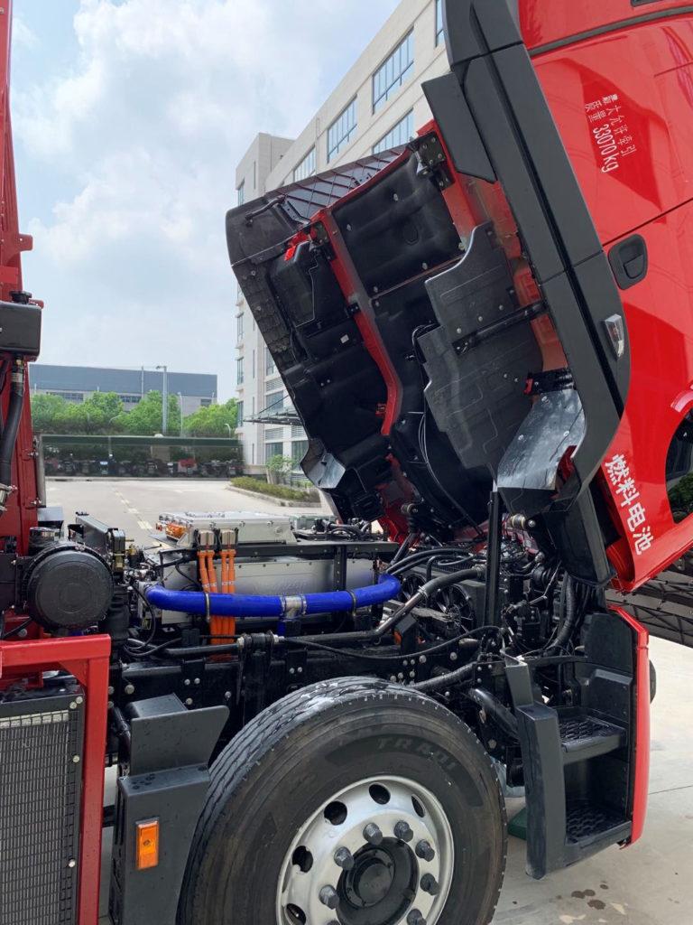 Horizon Fuel Cell Class 8 Truck