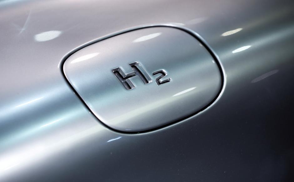 Fuel cells works, hydrogen, Wolftank, h2, fuel cells