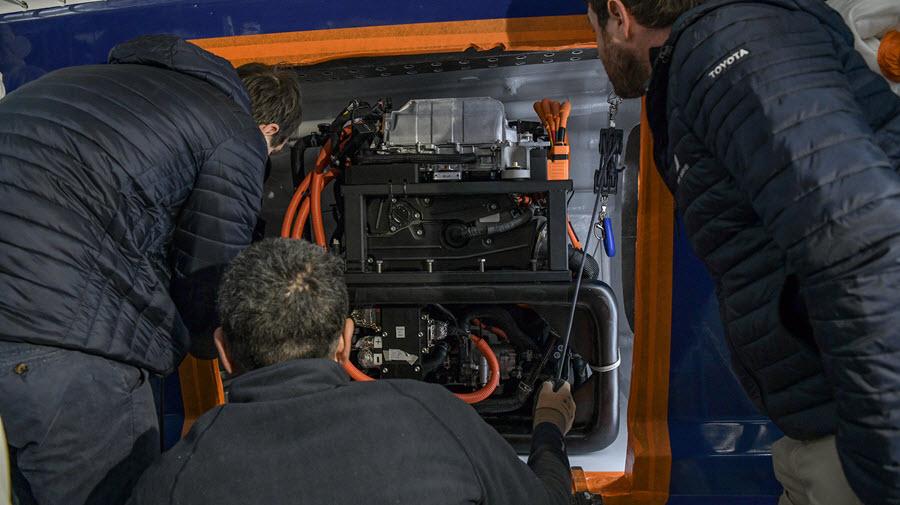 Toyotan Energy Observer Hydrogen Fuel Cell