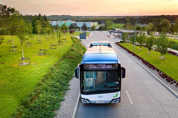 solaris urbino hydrogen bus