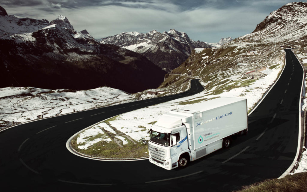 Hyundai Today Delivered the First Seven Units of its XCIENT Fuel Cell Truck 4