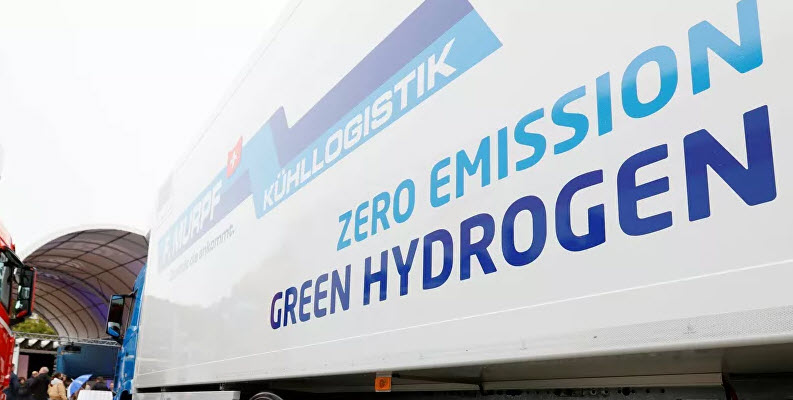 TPU Scientists Develop Technology to Make Hydrogen Less Expensive Main