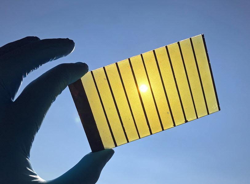 Green Hydrogen Using Solar Energy for Water Splitting