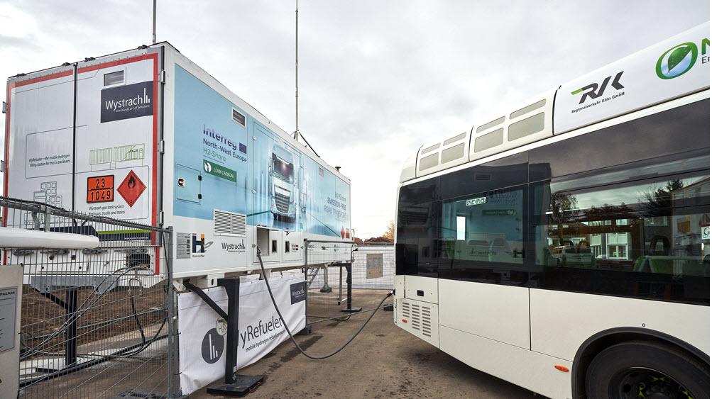 WyRefueler Ensures Reliable Hydrogen Bus Refueling 1