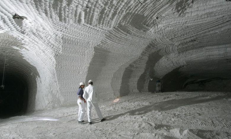 salt mine hydrogen