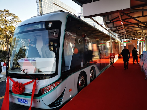 Shanghai Electric Powers Trial Operations for Chinas First Hydrogen Fuel Cell and Digital Rail Guided Tram Equipped with iDRT System