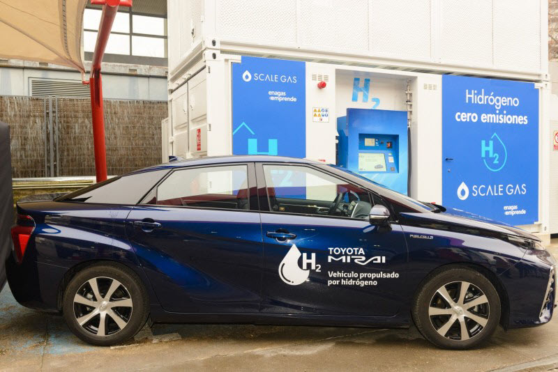 The First Hydrogen Refueling Station in Spain for Long Range Fuel Cell Electric Vehicles Inaugurated 3