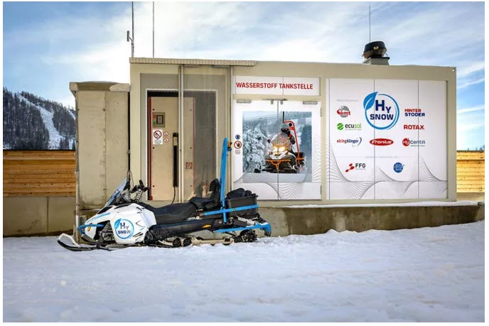Rotax Hydrogen Snowmobile Lynx HySnow Riding the Slopes for the First Time 2