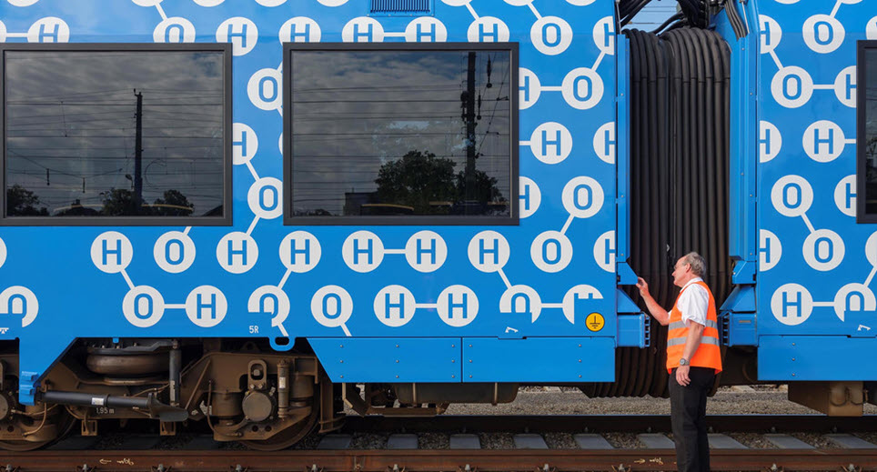 fuelcellsworks, fuel cell train, hydrogen powered train