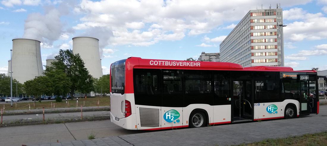 Fuel cells works, hydrogen, Reinert Logistics, buses, fuel cells