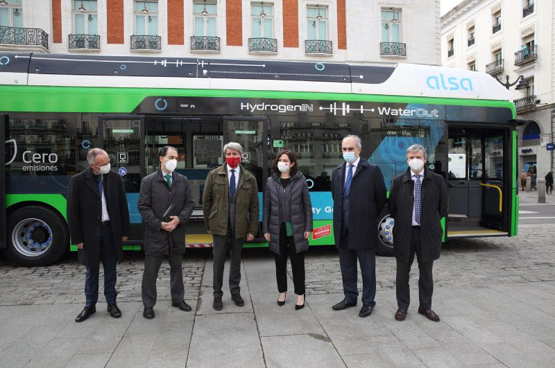 First Trial of Caetano H2.CityGold Hydrogen Bus in Spain