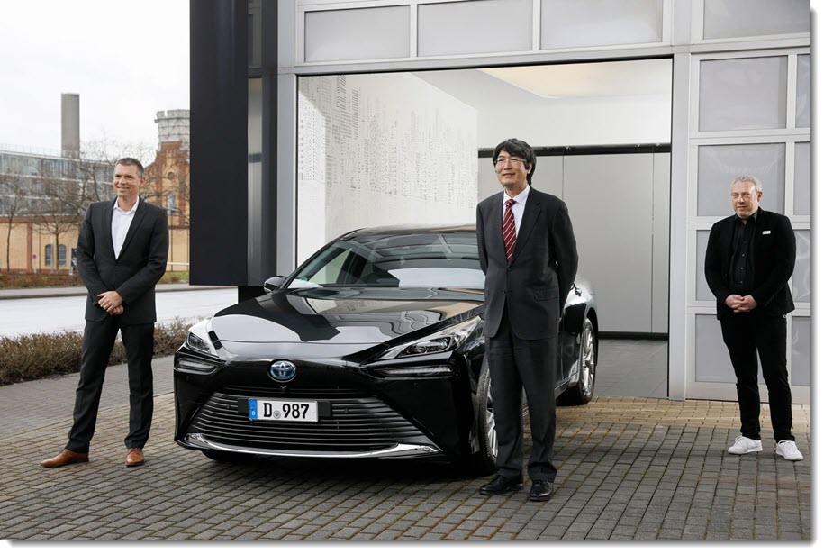 Japanese Consul General from now on in the new Toyota Mirai