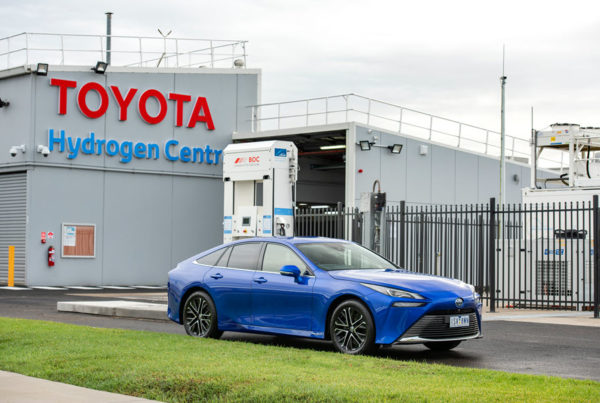 Toyota Unveils Victorias First Commercial Hydrogen Production and Re Fuelling Facility at Centre of Excellence 2