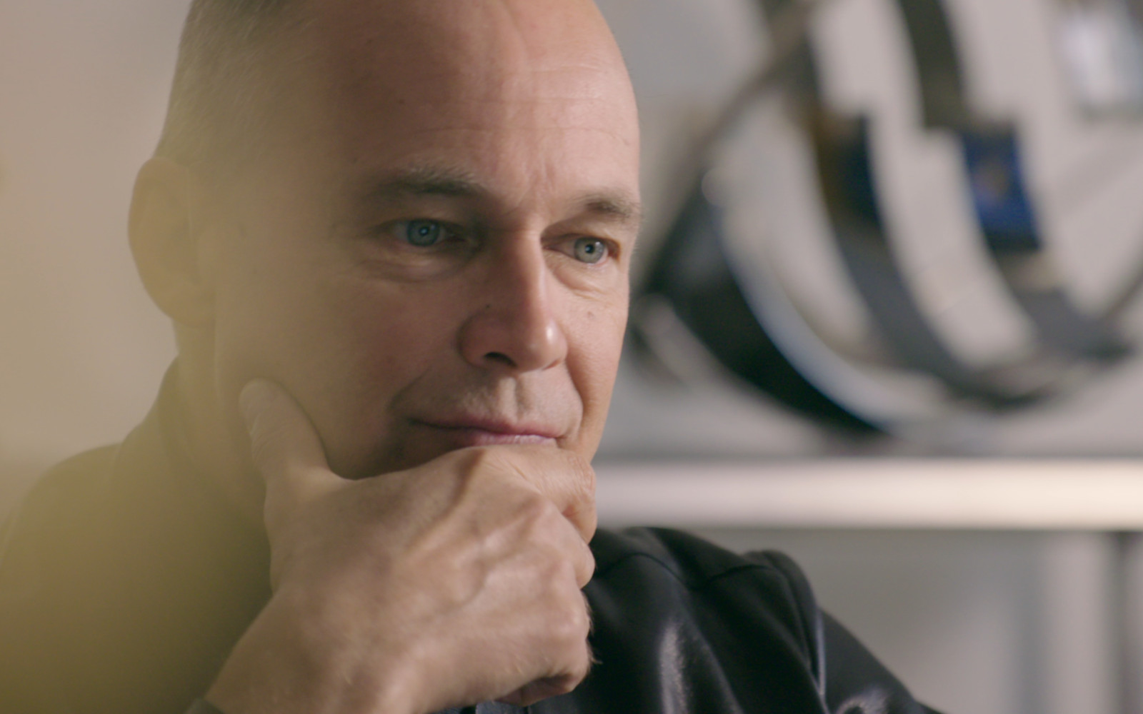 hyundai discovery channel documentary piccard still 1610