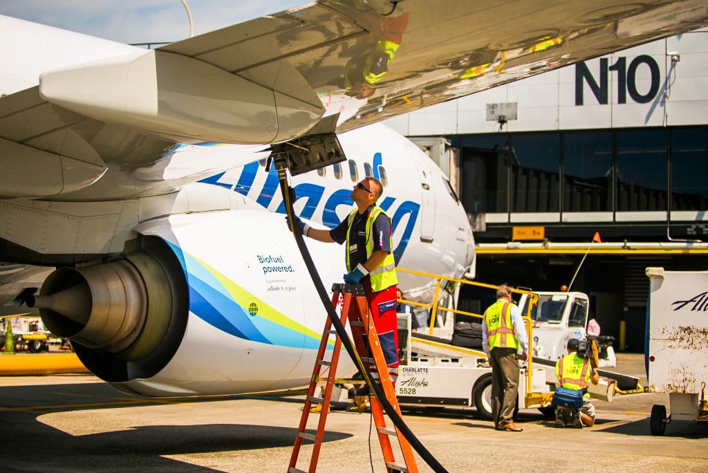 Fuel cells works, hydrogen, alaska airlines, SkyNRG , fuel cells