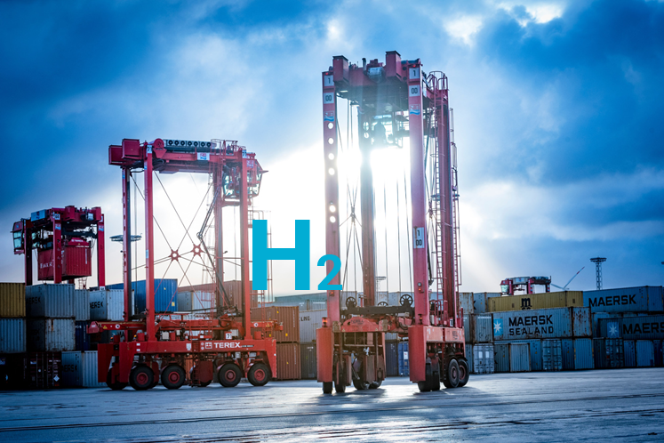 Fuel cells works, Bremerhaven Leading the Way With Hydrogen in Container Terminal, fuel cells