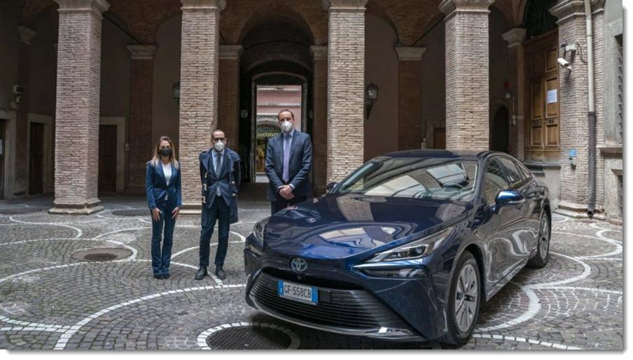 The Mayor of Terni Receives Toyotas Hydrogen Fuel Cell Mirai