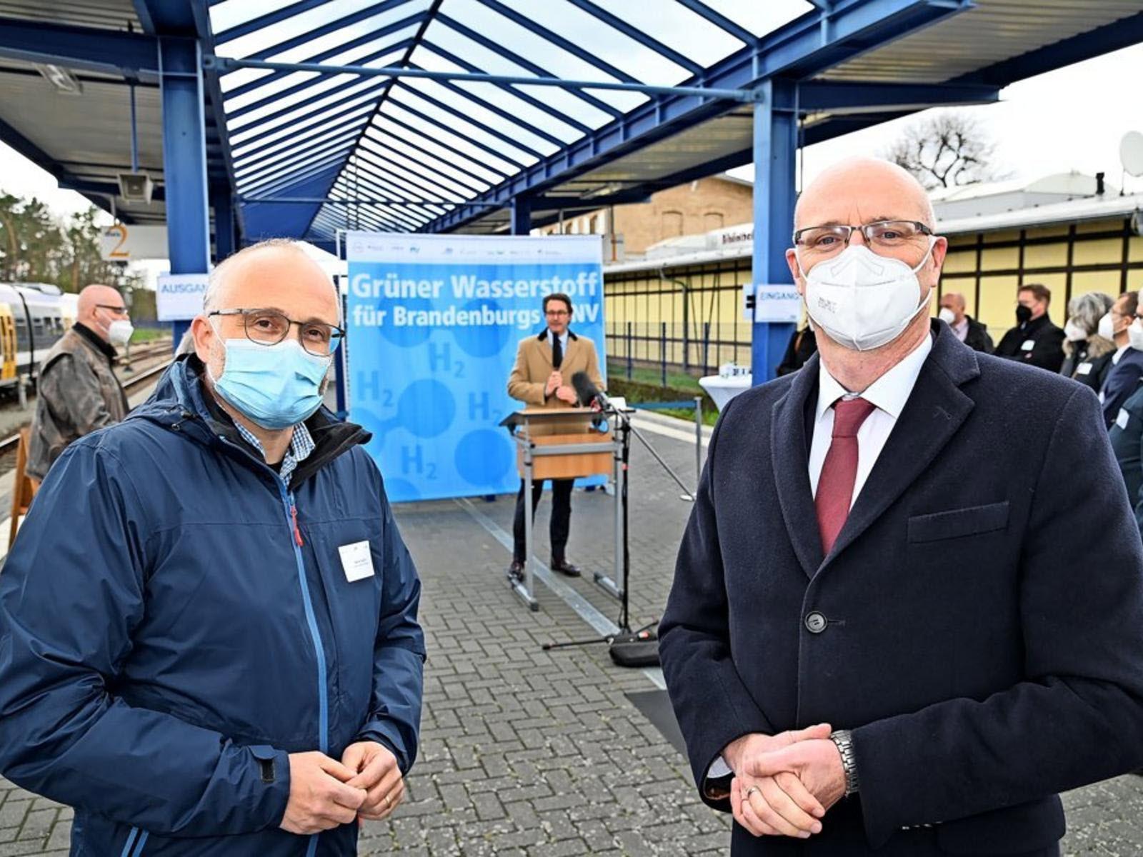 fuel cells works, hydrogen trains, brandenburg