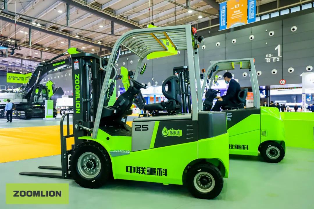 Fuel cells works, hydrogen, Forklifts, fuel cell
