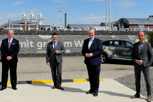 Huntorf Hydrogen Hub from EWE Uniper Draws Interest From Politicians