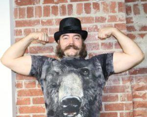 5083809 Bear shirt1