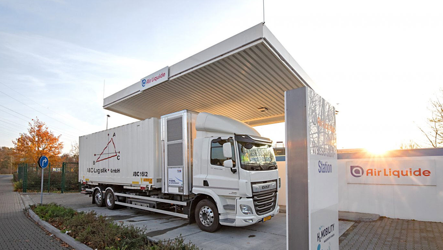 Fuel cells works, Friday Fallback Story: ABC Logistik Demonstration A Success In Düsseldorf: Hydrogen Fuel Cell Truck Well Received