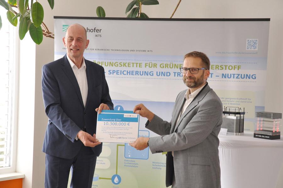 Fuel Cells Works, 10 M Euros for New Hydrogen Application Center at Erfurter Kreuz