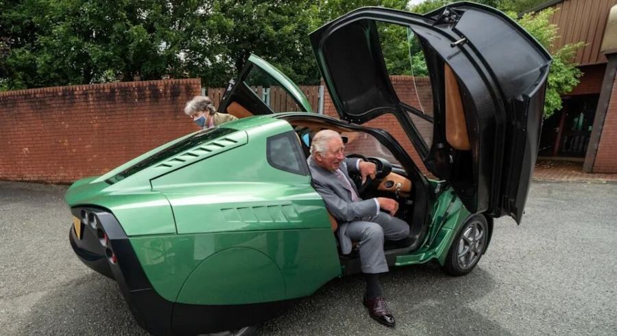 Charles Test-Drives Hydrogen-Powered Eco-Car