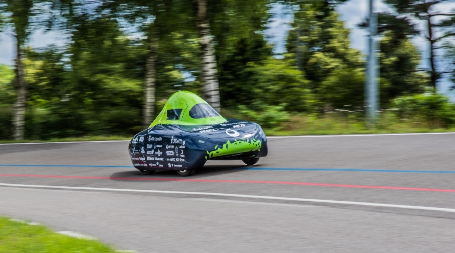 Fuel Cells Works, Dutch Students Break World Distance Record Of Toyota