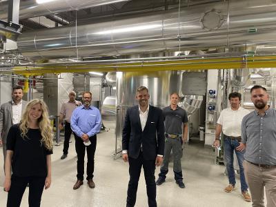 Fuel Cells Works, HanseWerk Natur: Falko Droßmann Visits Hydrogen CHP