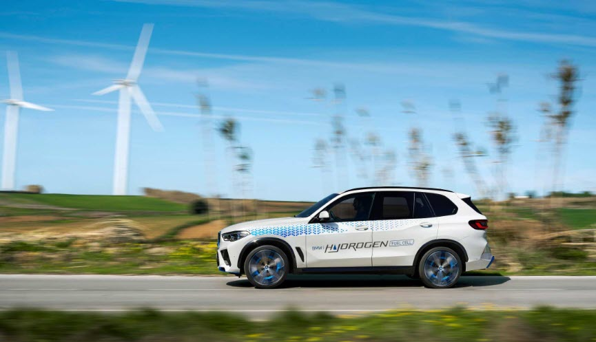 fuel cells works, BMW iX5 Hydrogen Can be Actively Experienced for the First Time at the IAA Mobility 2021.