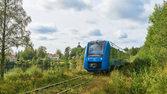 Fuel Cells Works, Alstom's Coradia Ilint Hydrogen Train Runs For The First Time In Sweden