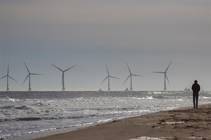 Fuel Cells Works, UKEF Backs Landmark £430 Million Green Transition Loan for Wood Plc That Includes Hydrogen