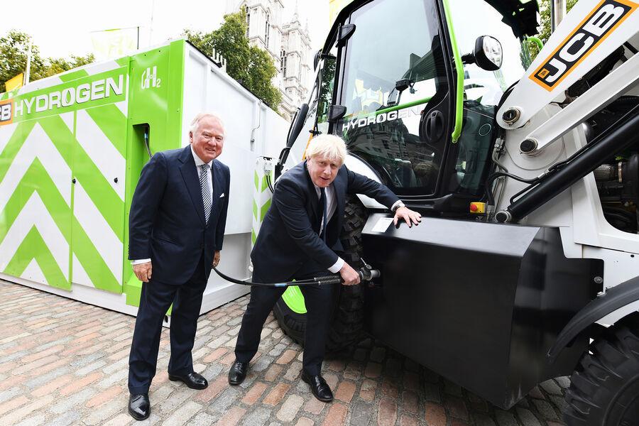Fuel Cells Works, Super-Efficient JCB Hydrogen Engine Gets £100 Million Injection