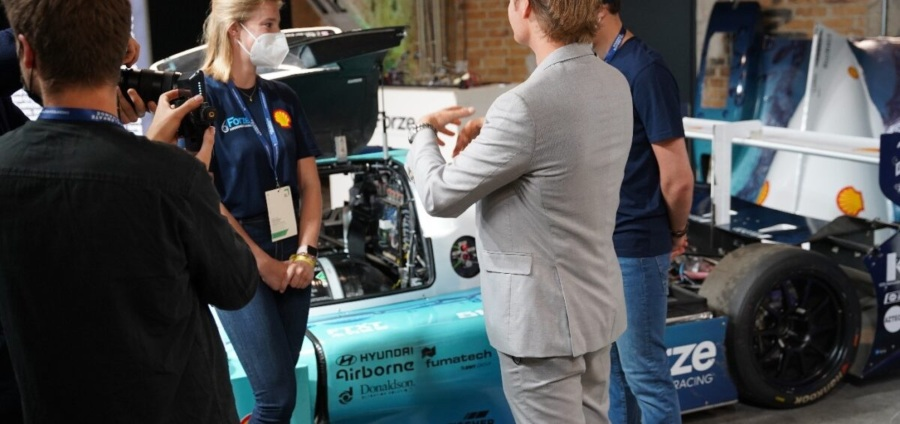 Fuel Cells Works, Airborne Continues to Support Forze Hydrogen Racing Team on Developing Their Newest Hydrogen Car: Forze IX